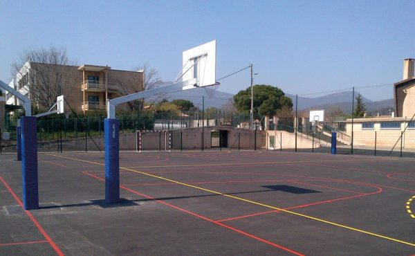 Outdoor competition basketball goal – Overhang 2.25 m